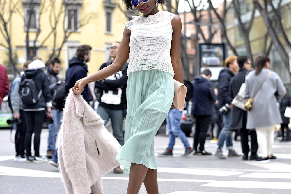 Milan Fashion Week Look 1 streetstyle - Turning Point Fashion Style Blog Stephanie 3