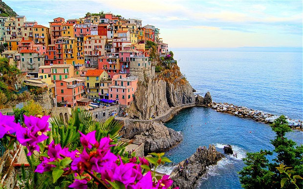 top places to travel, cinque-terre, italy - turningpointblog_stephanieguillaume, www.sgturningpoint.com